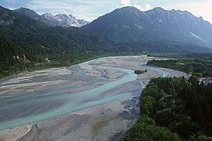 Wildflusslandschaft Tiroler Lech - Foto Naturpark